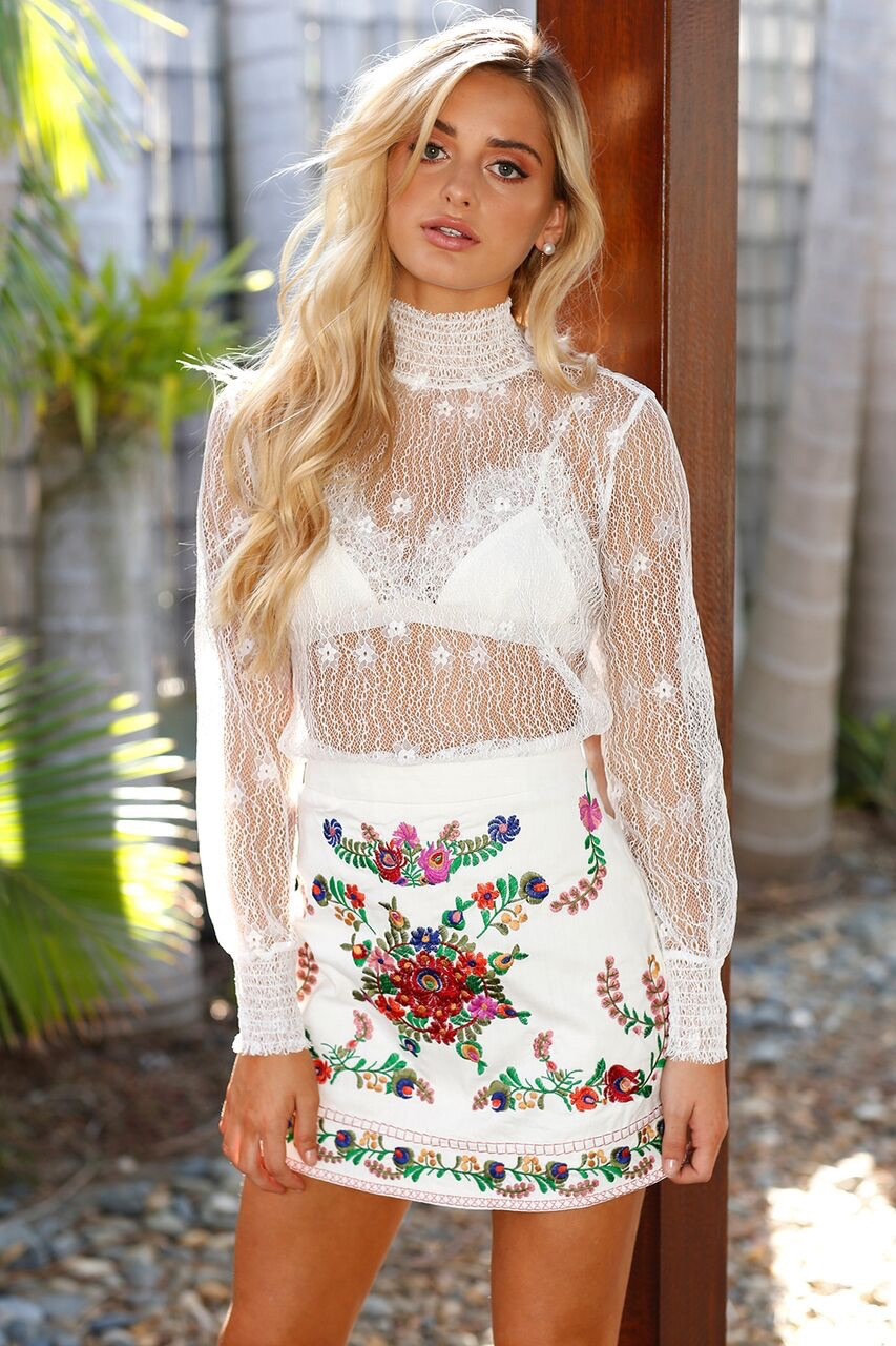 da7ca05eb2 Hot-2018-New-Sexy-Lace-T-Shirts-Fashion-Womens -Summer-Turtleneck-Long-Sleeve-Shirt-Ladies-Casual.jpg