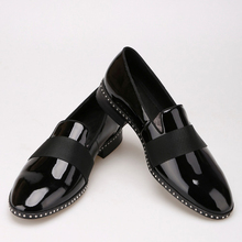 Handmade Patent leather with black buckle men loafers Fashion Europe luxury brand party and wedding men