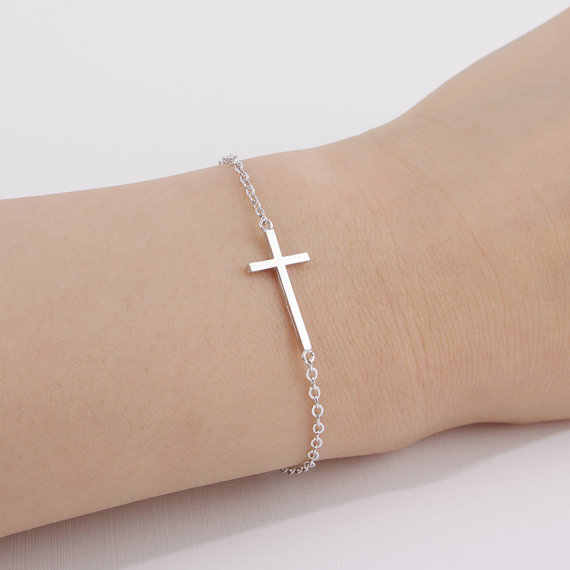 الأزياء أفقي جانبية الصليب سوار بسيطة صغيرة صغيرة عبر سوار بارد الإيمان المسيحي الصليب أساور