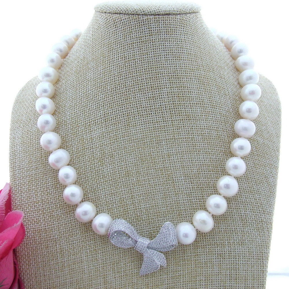 FC101607 12-13MM White Freshwater Pearl Necklace CZ Pendant 19FC101607 12-13MM White Freshwater Pearl Necklace CZ Pendant 19