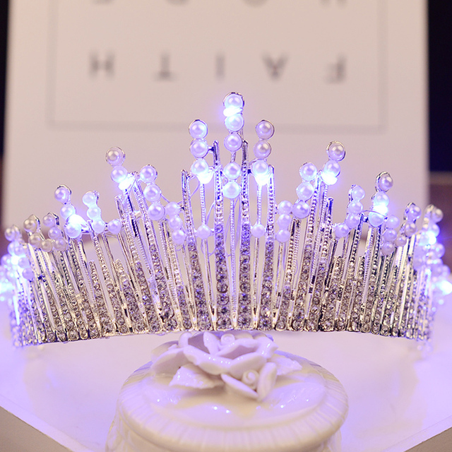 Shiny Crown Pearl Wedding Tiara Blue White Light Crown With LED Rhinestone Women Hair Accessories Head Jewelry Bridal Headpiece