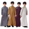 Новая Мода Высокое качество Мусульманин Исламская Одежда для Детей Аравии Джубба Тобе плюс размер Кафтан Абая дубай мальчика одежда
