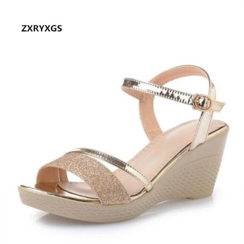 Chaude 2019 Nouveau Bout Ouvert Confortable Respirant Paillettes chaussures pour femmes sandales d'été Pente haut Talon Chaussures D'été sandales femmes