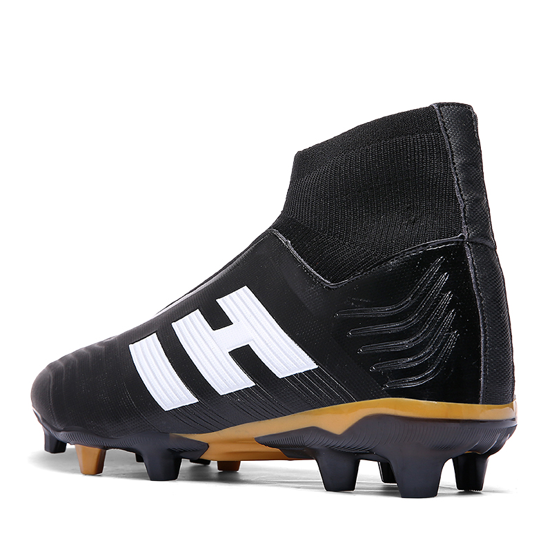 4b1962529a03 Predator 18.1 FG Soccer Shoes Men 2018 Laceless Sock Football Boots Kids  Falcons With Super Top Matching Football Shoes Outdoor-in Soccer Shoes from  Sports ...