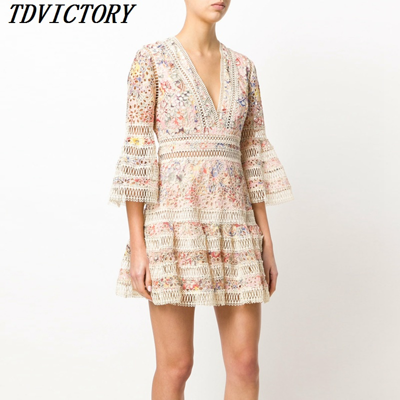 TDVICTORY 2019 New arrive summer embroidery lace dress Flare Sleeve Runway sexy V neck embroidery Chic beach mini Dress