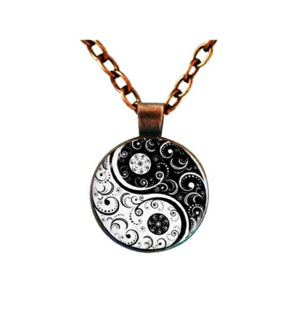 Gow glass necklace jewelry glowing necklaces for women men new glow gow glass necklace jewelry glowing necklaces for women men new glow in the dark necklace yin aloadofball Choice Image