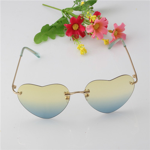 New Fashion Style Heart Shaped Rimless Women Sunglasses Designer Oculos De Coracao Unisex Sun Glasses
