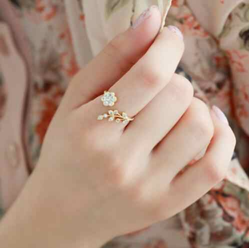 2019 Hot Fashion Ring Crystal Twisted Leaves Wishful Flowers Open Ring Anel Cristal Ring For women Girls Kids Wholesale price