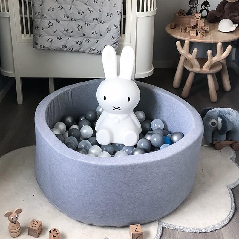 Baby Ball Pool-INS Heißer Infant Schwamm Fechten Laufstall Weiche Runde Kiddie Bälle Pit Kindergarten Spielen Spielzeug Geschenk für kinder Kinder Zimmer
