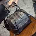 2016 Fashion Women Bag for BOSS Bucket Handbag Knitted Handbags and Purse Chain Shoulder Bag Women Cross-body Bags Famous Brand