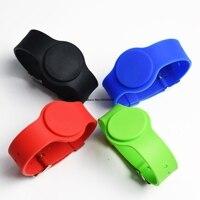 20pcs 125Khz RFID EM4305 Adjustable Wristband Bracelet Waterproof Proximity Rewritable Smart ID Card