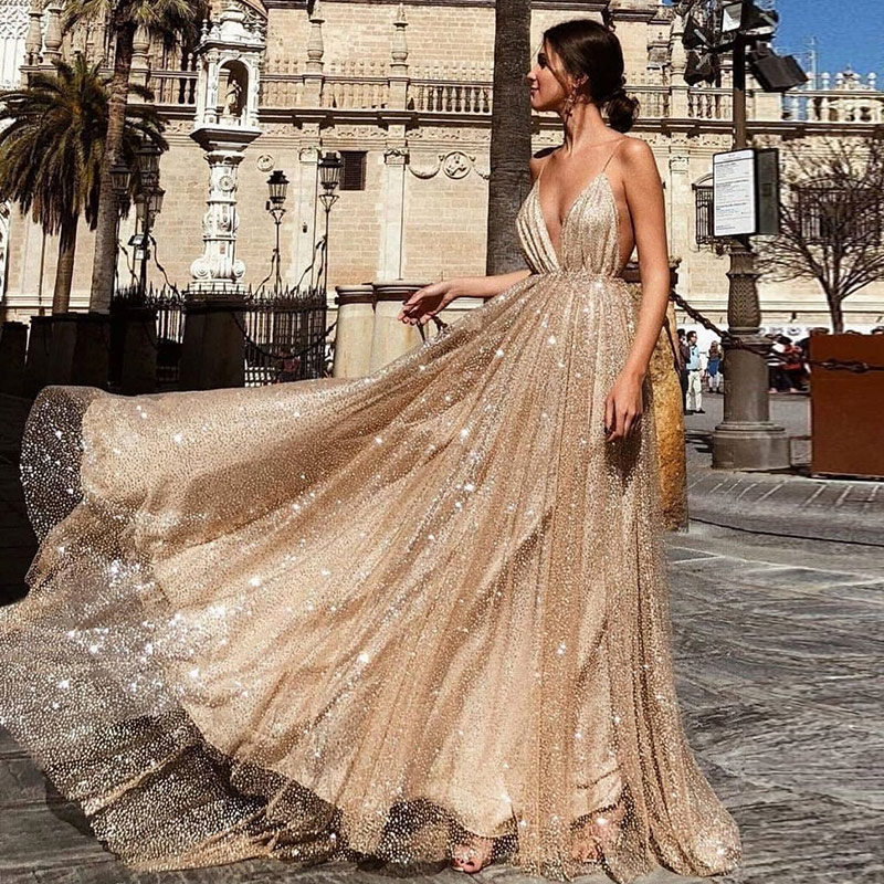 2019 Sexy Deep V-Neck Backless   Evening     Dresses   Sequined Tulle Long Robe De Soiree Gold Spaghetti Strap Party Gowns New Arrival