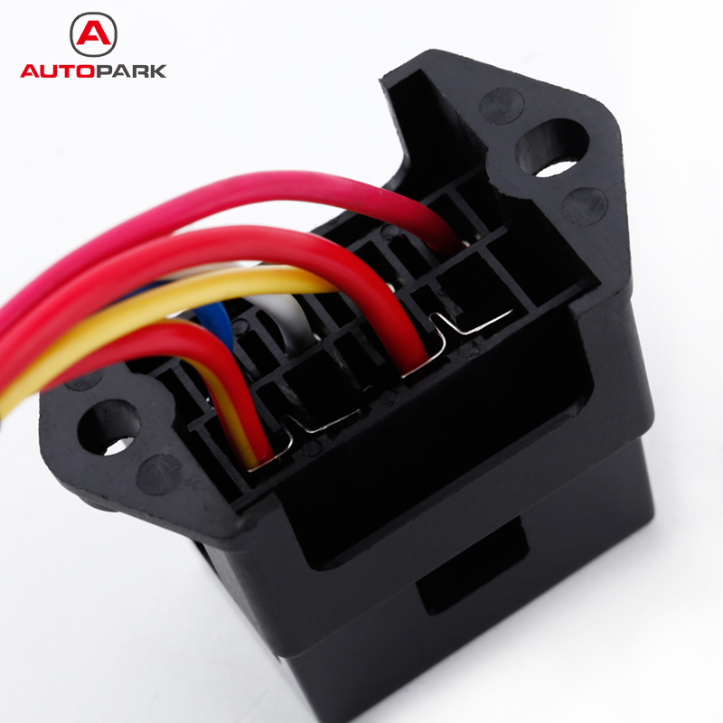dc fuse block promotion shop for promotional dc fuse block on 4 way fuse box 12v 24v max dc 32v circuit car trailer auto blade block holder atc ato 2 input 4 ouput wire fuse accessory