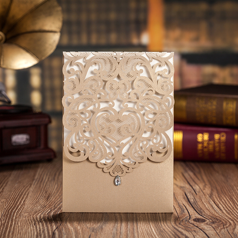100pcs lot Gold Elegant Laser Cut Wedding Invitations Cards with Rhinestone Invitation Cards Free Customizable Printing