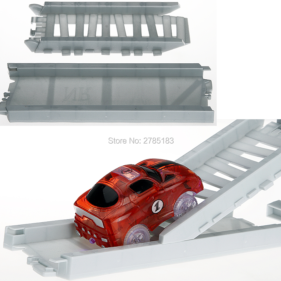 Veículos Miniatura e de Brinquedo 225 pcs brilham no escuro Colors : The Track And Cars With Many Colors, ship Out Random