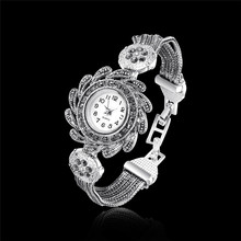 Women watches New Fashion Women Vintage Rhinestone Crystal Bracelet Dial Analog Quartz Wrist Watch Gift relogio feminino drop sh