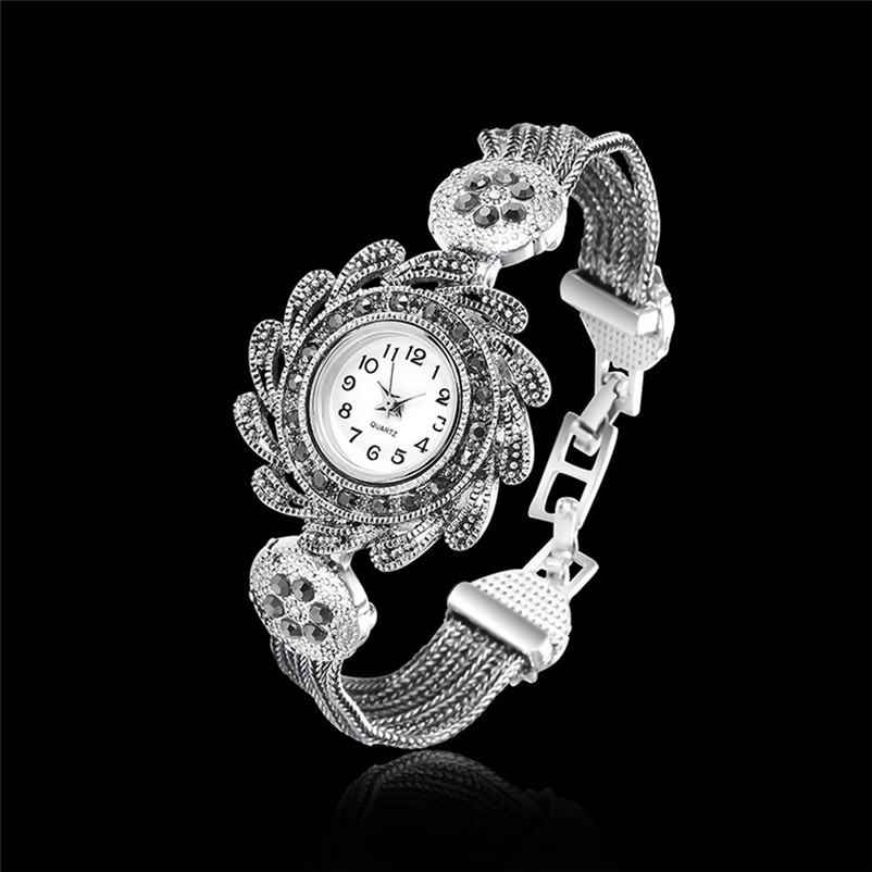 Women watches New Fashion Women Vintage Rhinestone Crystal Bracelet Dial Analog Quartz Wrist Watch Gift relogio feminino drop sh new fashion women retro digital dial leather band quartz analog wrist watch watches wholesale 7055