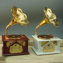 Gramophone Shaped Classic Vintage Music Box Hand Crank Type Music Box Movement DIY Romantic Christmas Present Drop Shipping