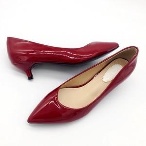 Image 5 - 2019 חדש מותג אביב משאבות נעלי נשים אופנה פטנט עור נשים 4cm גבוהה עקב אחת נעלי משרד ליידי נקבות הנעלה