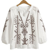 European Plus Size 4XL 5XL Embroidery Blusas V Neck Tassel Long Sleeve Loose Ethnic Gypsy Tops