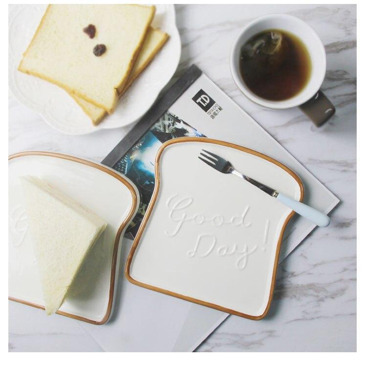 toast-ceramic-plate_01
