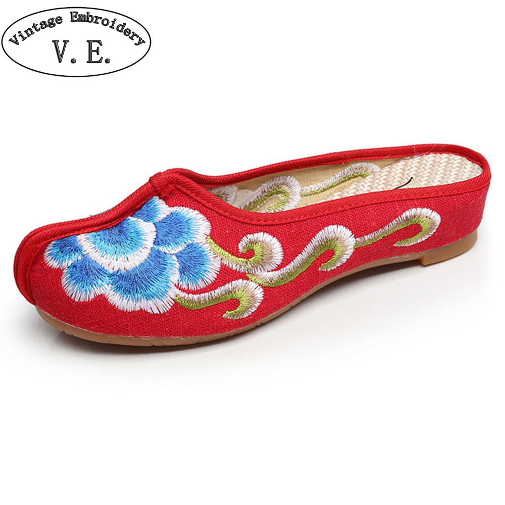 Chinese Women Slippers Autumn Cotton Old Peking Sandals Flower Embroidered Ladies Cloth Soft Shoes Sandalias vintage embroidery women flats chinese floral canvas embroidered shoes national old beijing cloth single dance soft flats