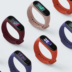Image 5 - En Stock Xiaomi mi banda 4 inteligente mi banda 4 Corazón de Fitness Tracker 135 mAh Bluetooth 5,0 50 M pulsera inteligente a prueba de agua AI