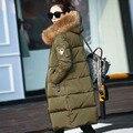 Pato blanco Abajo Chaquetas 2016 chaqueta de abrigo de invierno parkas de la mujer verde del ejército real gran mapache cuello de piel con capucha outwear