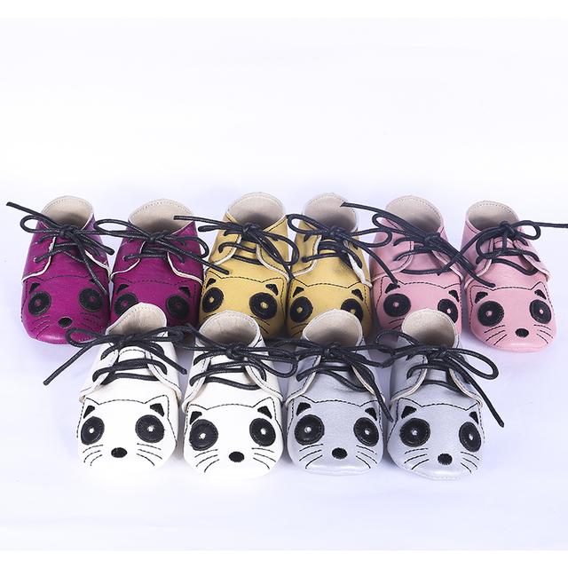 Gato de la historieta zapatos de Bebé con Cordones Del Niño Del Bebé mocasines de cuero Genuino muchachas de los Bebés Zapatos Primeros Caminante Envío gratis