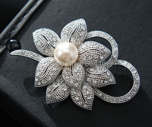 Vintage Look Silver Plated Clear Rhinestone Crystal Diamante Bow Bridal Bouquet Brooch Pearl - Yiwu Liangqian Accessories Firm (Mini Order>$8 store)