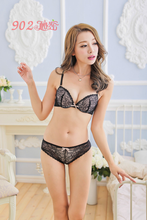 2014 new brand sexy lingerie girl with beautiful lace push up bra suit Y-line female underwear sets for women()