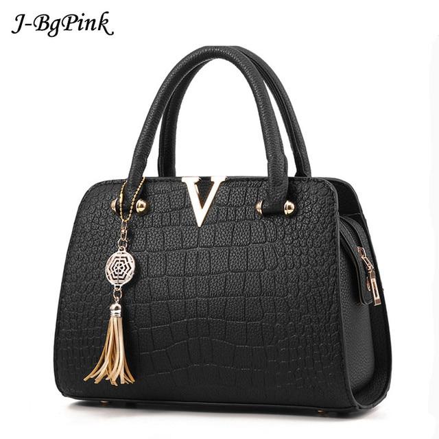 2a54a25a58 2019 Hot rabat V femmes de luxe en cuir pochette dames sacs à Main marque  femmes