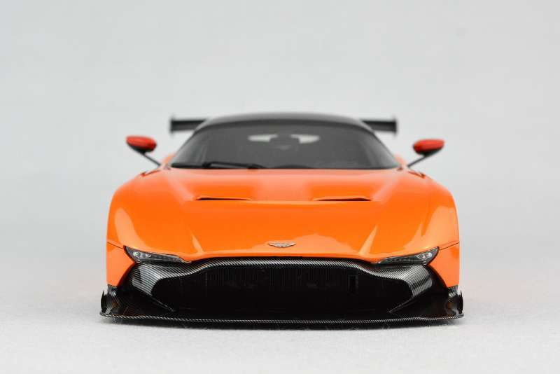 Nhựa Xe Mo Hinh Frontiart Aston Martin Vulcan Avan Phong Cach 1 18 Orange Mon Qua Nhỏ Car Model Resin Car Modelsaston Martin Aliexpress