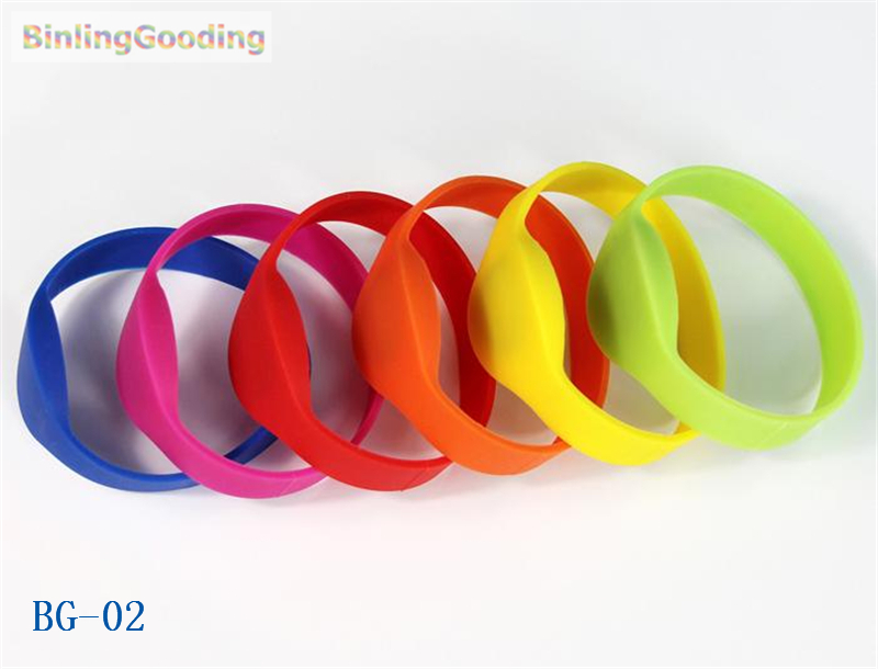 Access Control Cards Collection Here Bg-02 100pcs/lot 125khz T5577/t5567/t5557 Rewritable Rfid Wristband Bracelet Copy Clone Id Card For Swimming Pool Sauna Room Gym Security & Protection