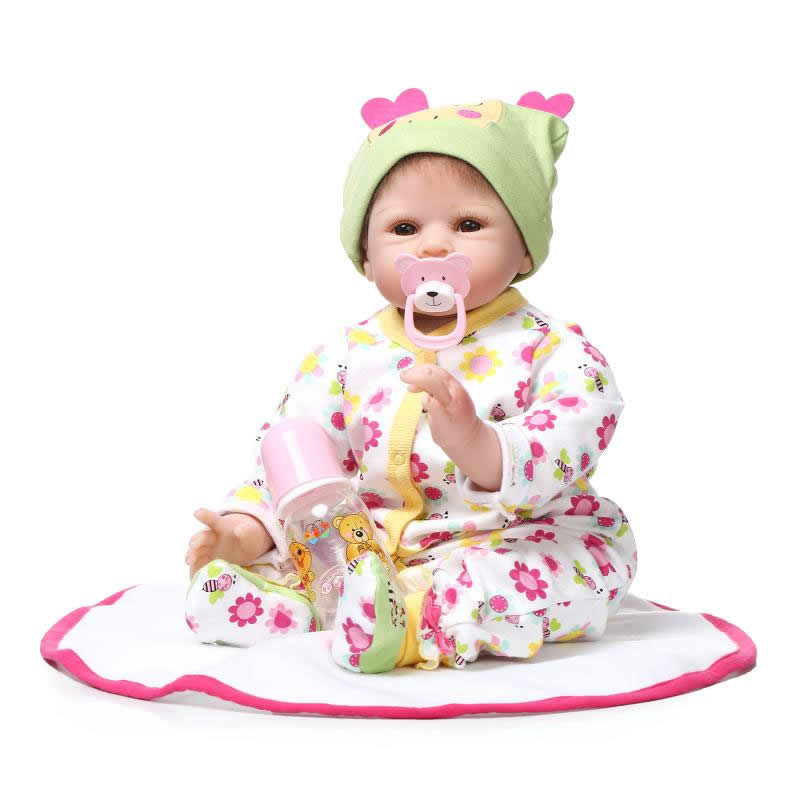 цены  22 Inches Soft Silicone Reborn Baby Dolls Cloth Body Real Looking Newborn Alive Girl Babies Boneca Toy Kids Birthday Xmas Gift