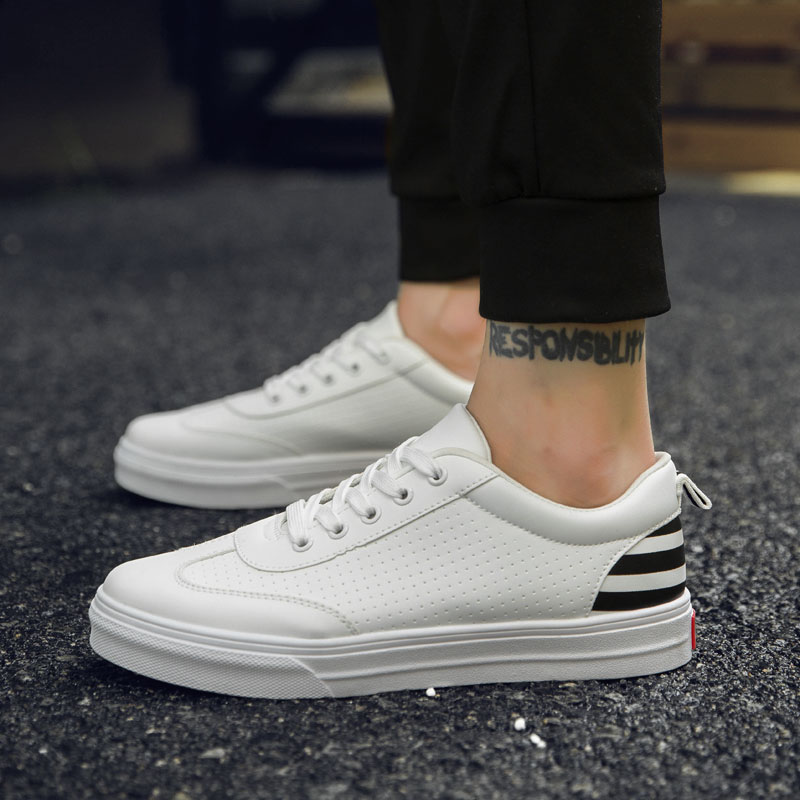 White British Walking Shoes for Young Men Fitness Breathable Holes Outdoor Sport shoe Flat Sneakers Running Shoes
