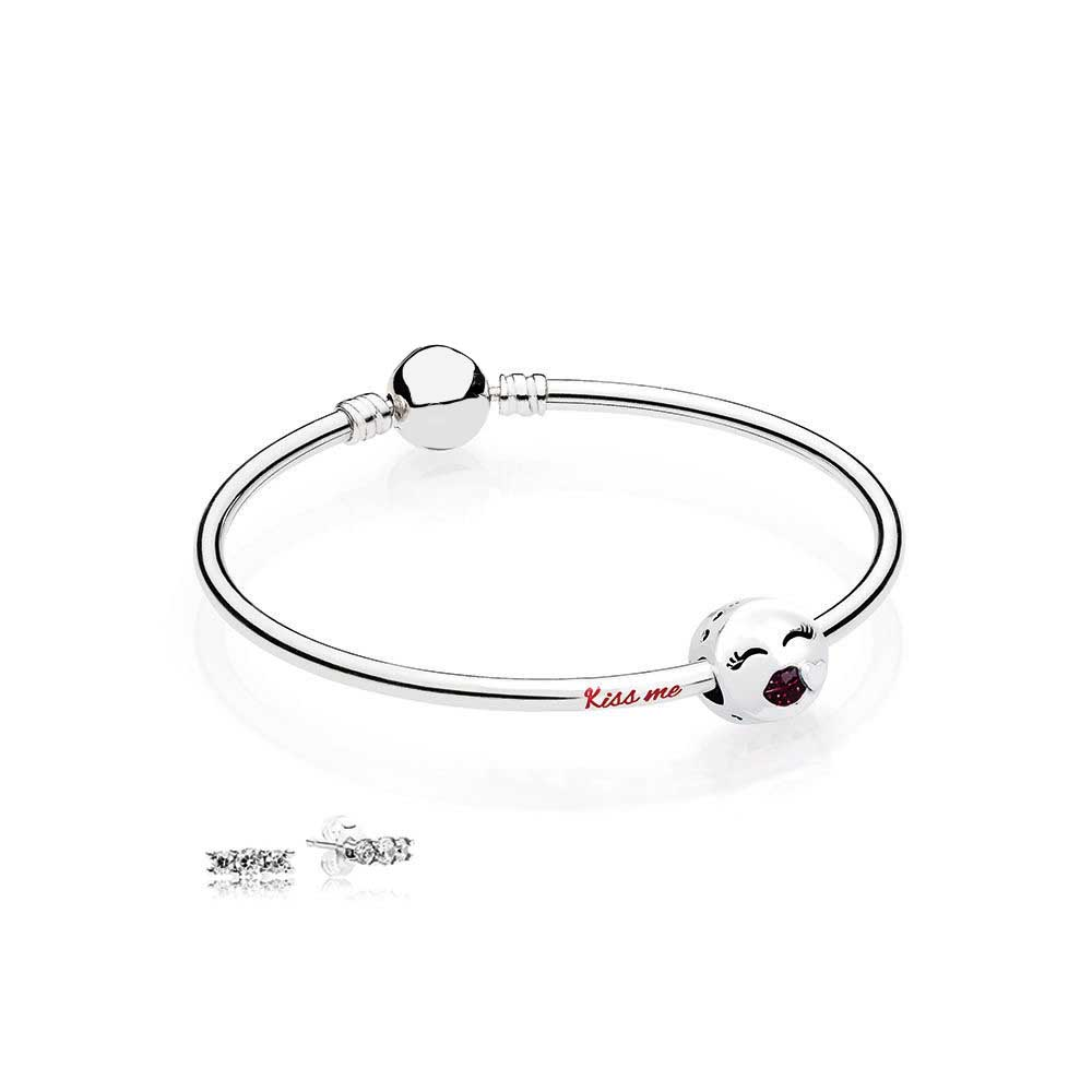 100% 925 Sterling silver Kiss Me Bangle Gift Set Clear CZ fit DIY Original charm Bracelets jewelry A set of prices 100% 925 sterling silver you and me bangle gift set clear cz fit diy original charm bracelets jewelry a set of prices