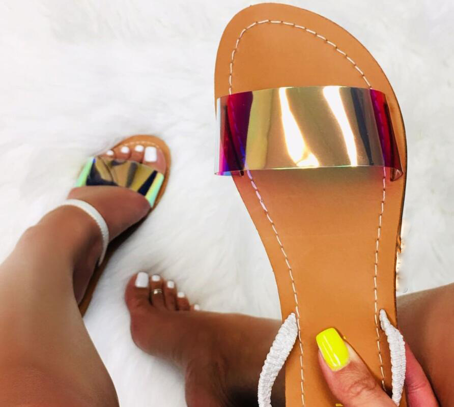 Summer Women Sandals Slip-On Jelly Shoes Bling Cut Out Ladies Flat Sandals Beach Outdoor Holiday Slides 9031