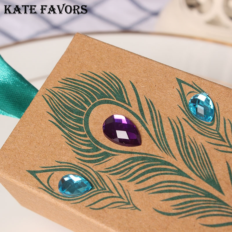 12pcs/lot Mini Kraft Party Favor Boxes Candy Gift Boxes Jeweled Peacock Wedding Party Box For Party Favors
