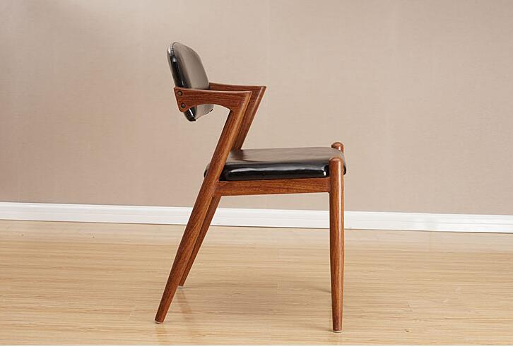 Iron art retro dining chair.. Chair business negotiation chair. Computer chair real wood bar chair european bar chair iron art chair rotate the front chair