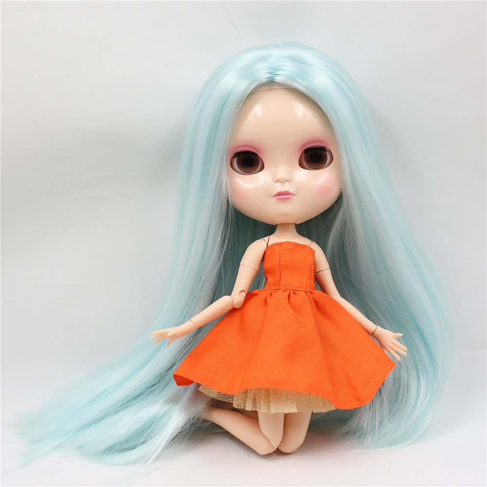 Neo Blythe Doll with Pale Blue Hair, White Skin, Shiny Face & Jointed Azone Body 3