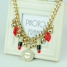 2017New Arrival Exaggerated Personality Red Lips Lipstick Perfume Bottle Necklace Gold Alloy Pendant with Crystal Chokers