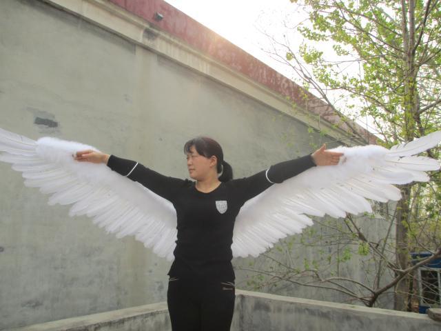 Personnalisé Unique Sexy blanc grande taille Plume D'ange Ailes pour adulte femmes De Mariage Partie Décoration accessoires 130 cm EMS Livraison gratuite