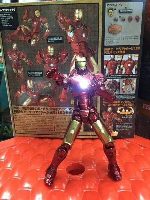 """15 ס""""מ iron man פעולה דמויות pvc אור brinquedos אוסף דמויות צעצועי מתנה לחג המולד עם תיבה הקמעונאי משלוח חינם"""