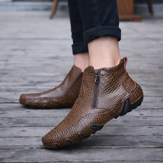 2019 Fashion Hot Sales Quality Leather Men Boots Winter warm casual shoes Men Footwear Zipper Male Ankle Black boots big size 47