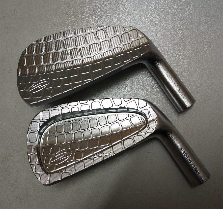 Playwell 2018 Zodia silver Crocodile skin limited edition golf iron head forged carbon steel putter цены