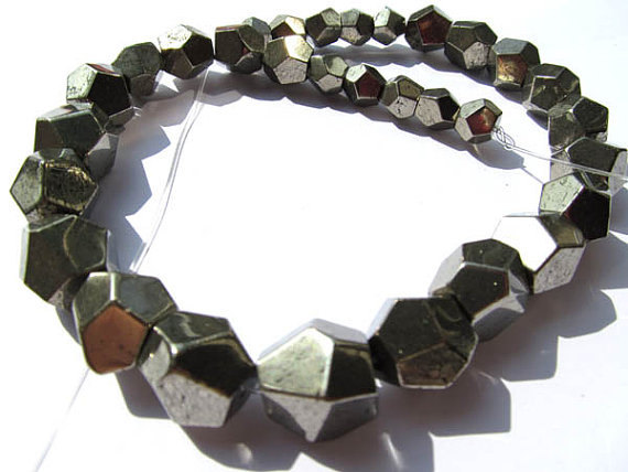 pyrite Cube Iron Gold Pyrite Beads 6-12mm Full Strand Cheap Sales 50% Beads Bright 2strands Genuine Raw Pyrite Crystal Nuggets Faceted