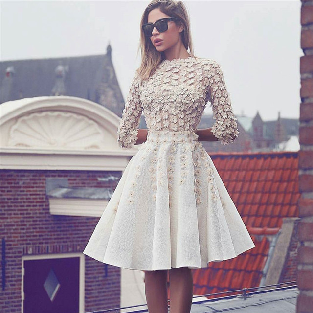 Long Sleeves 2019 Homecoming Dresses A-line High Collar Knee Length Flowers Pearls Elegant Cocktail Dresses