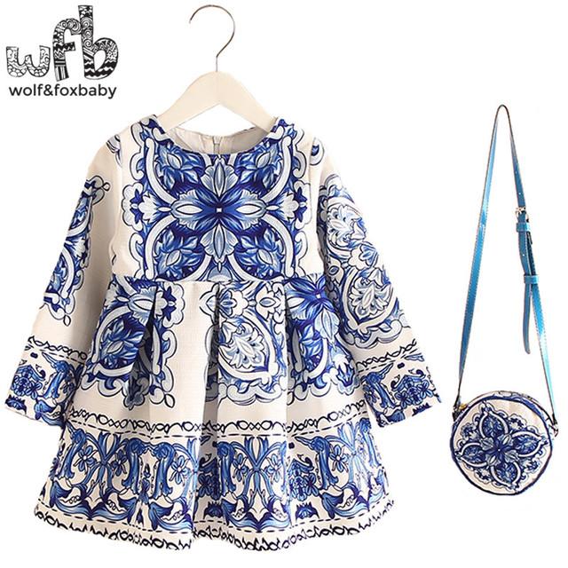2-8years Vestido + Saco de varejo/set New Bonito Crianças Baby Girl Verão Primavera Outono da Longo-Luva Princesa Perfume flor de Porcelana azul 2016