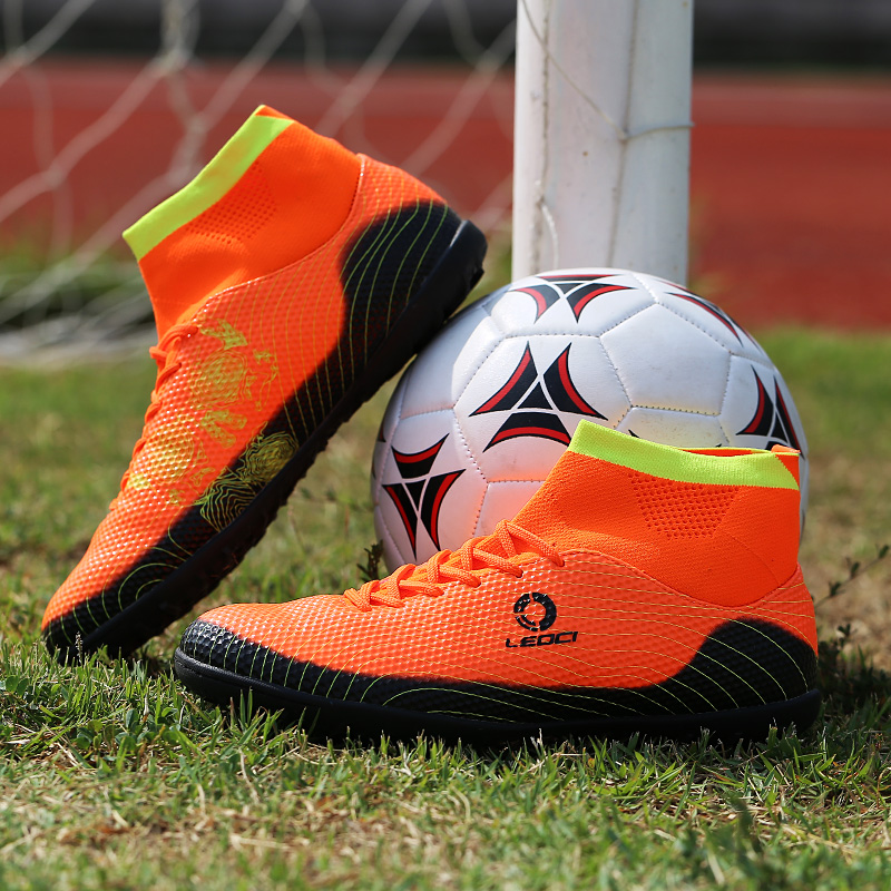 Mens Soccer Boots Cleats Long Spikes Boy Football Boots Outdoor Training Indoor Football Shoes Kid Chuteira Futebol Soccer Shoes